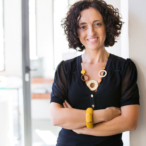 Diana Guirado. Controller